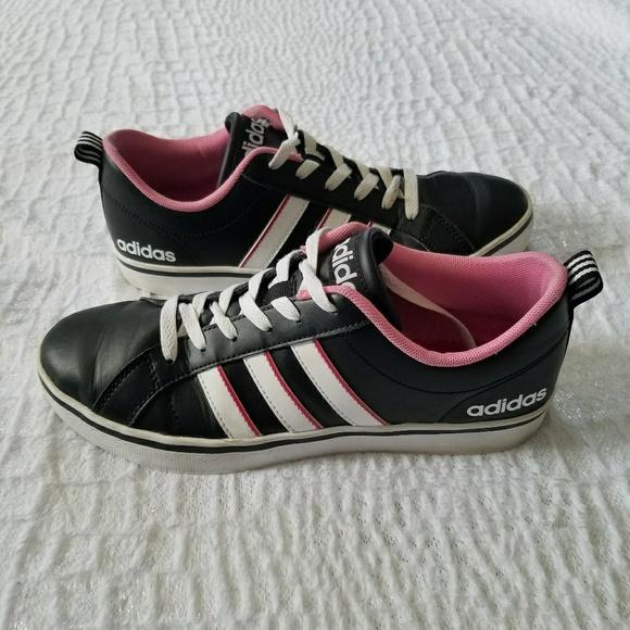 Adidas Adidas Zapatillas rosa y negro de Melissa 's Closet en